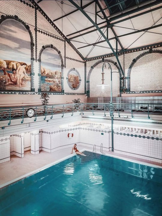 BERLIN'S ICONIC SWIMMING POOLS
